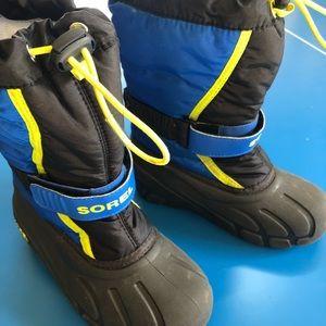 Sorel kids winter snow boots